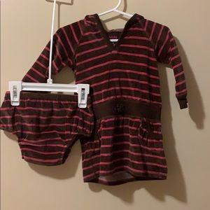 Baby gap girls 6-12 month hoodie dress & bloomers